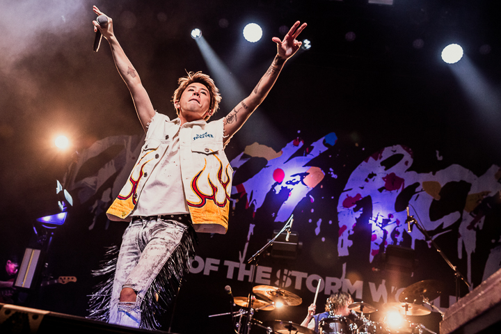 One Ok Rock - 8