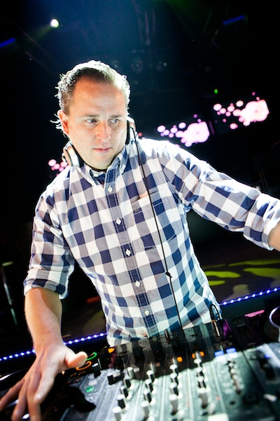 DJ F.R.A.N.K. DJ Frank Jump This Party