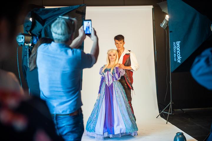 Fotoshoot cast de Prinses en de Toverspiegel - 1