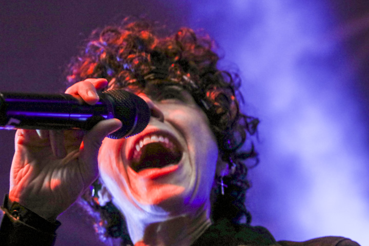 LP - Heart to Mouth Tour - 18