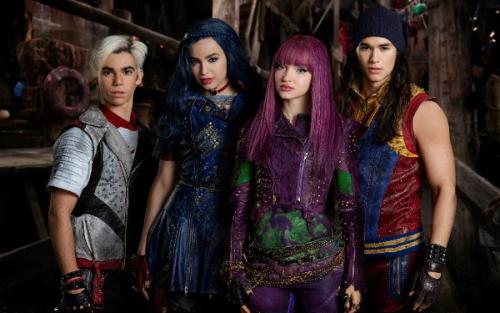Descendants 2 28 Oktober Op Disney Channel Frontview
