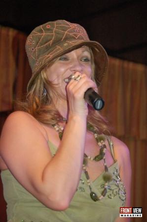 Laura Lynn - 31