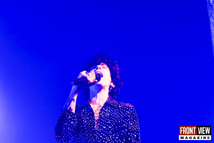 LP - Heart to Mouth Tour - 26